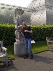 Aurore and the Red Dragon of Wales